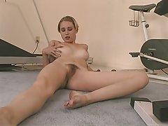 скривена камера у сауни порно Дао на камеру јебеш анус мастурбируя вибратор